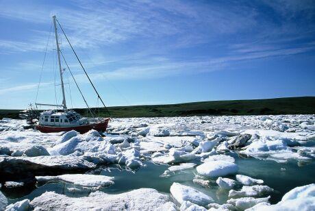 Vagabond dans les glaces du passage du Nord-Ouest