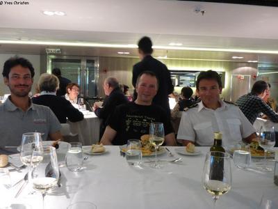 Diner a bord de l'Austral