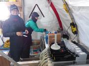 Jade et Flavienne preparent manips C14