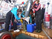 Prelevement de 200 litres d eau de mer par jour