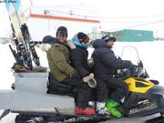 Yves Anita et Andrew partent skier