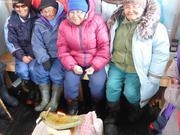 Anciens et qulliq au camp de glace