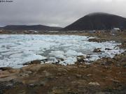 Beaucoup de glaces devant Qikiqtarjuaq