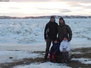 Portrait famille a Iqaluit