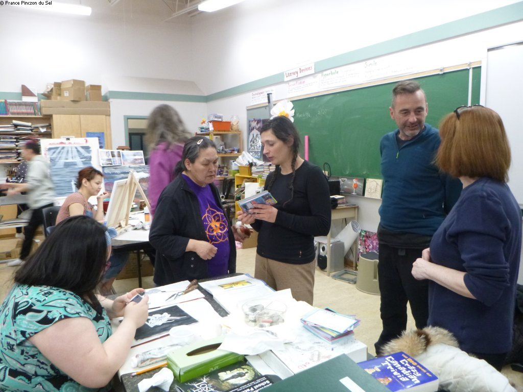 20200315 Maude et Mathurin rencontrent les inuit de l atelier d art ©France Pinczon du Sel