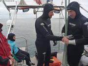 Eric et Patrick avec Leonie premiere plongee