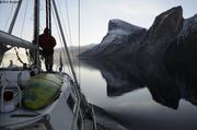 Petole au fiord Tingin