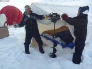 Percer la glace dans la tente