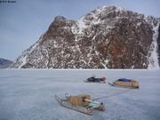 Peu de neige dans le fjord Starnes