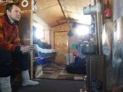 Dans la cabane de Raymond au cap Anstead
