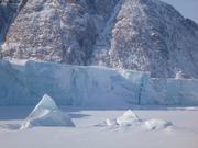 Glacier Sverdrup ile Devon