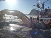 Preparation tranchee vers la mer