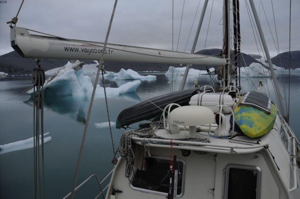 [Imagen: 20200815_Mouillage_entre_les_icebergs_fj...2%A9EB.jpg]