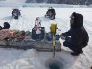 Releve hydrgraphique devant glacier Sverdrup avec Tom ©EB