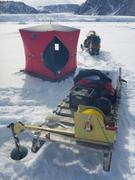 Prelevement eau devant glacier Sverdrup ©EB