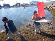Lucas vainqueur course bateaux Nunavut Day ©EB