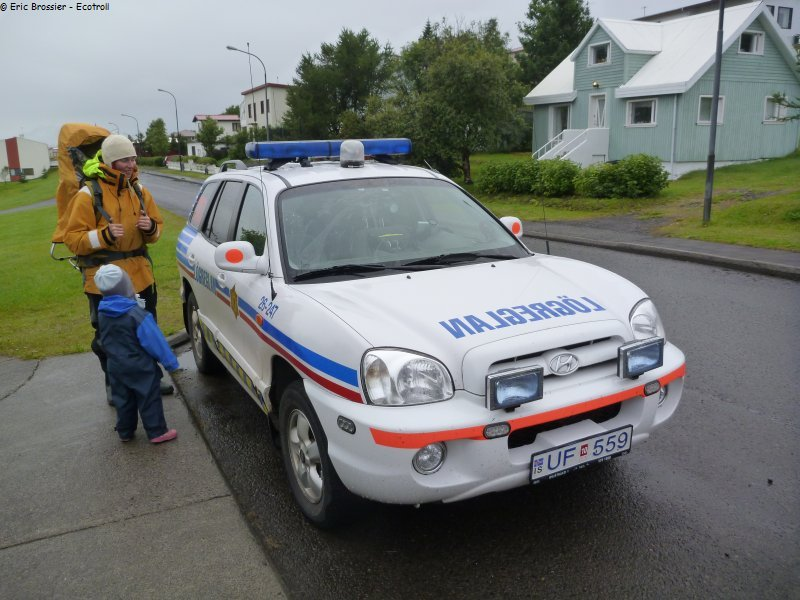 632 voiture police pour aller a la piscine for Aller a la piscine
