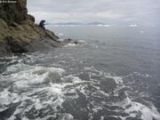 Coups de marteau entre les vagues
