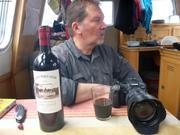 Pascal a trouve du vin de chez lui a Nuuk