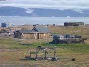 Village inhabite de Qeqertarssuaq