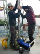 Montage du sonar pres de Grise Fiord